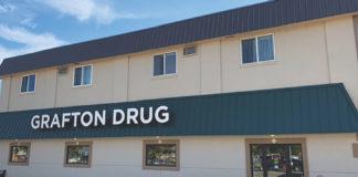 Grafton_Drug_Grafton_ND_exterior