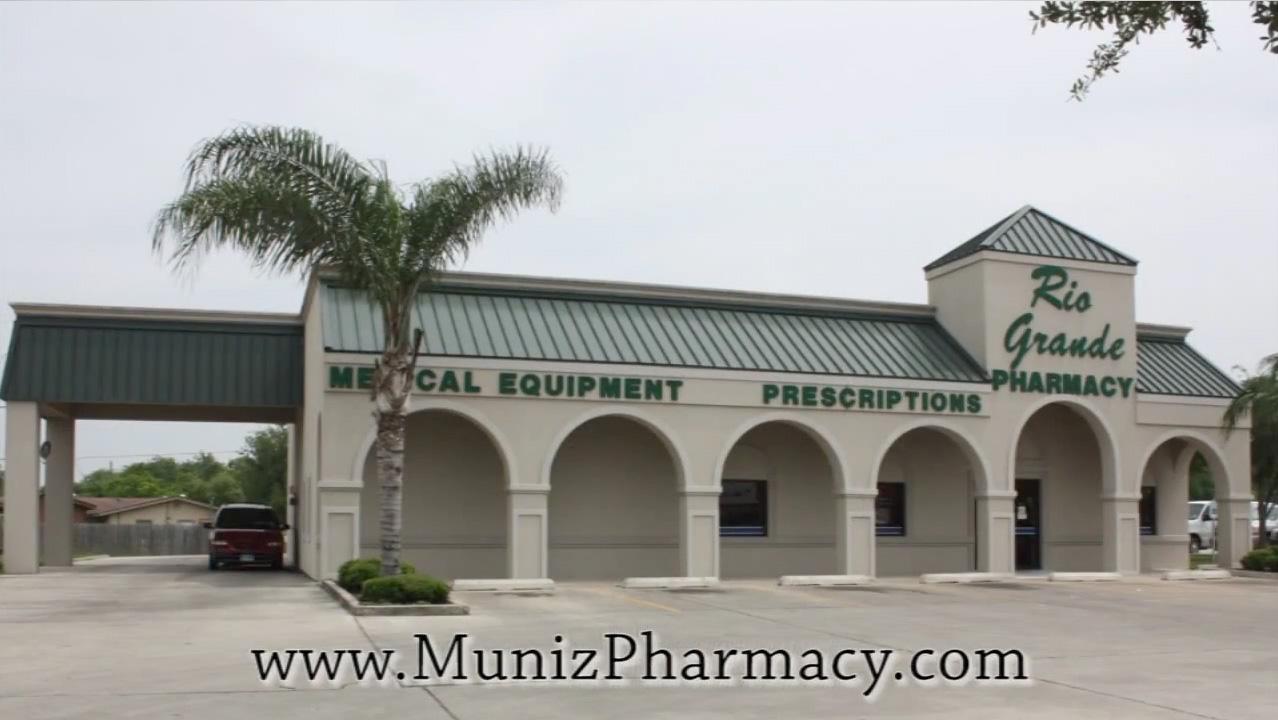 Muniz-Rio-Grande-Pharmacy-Exterior